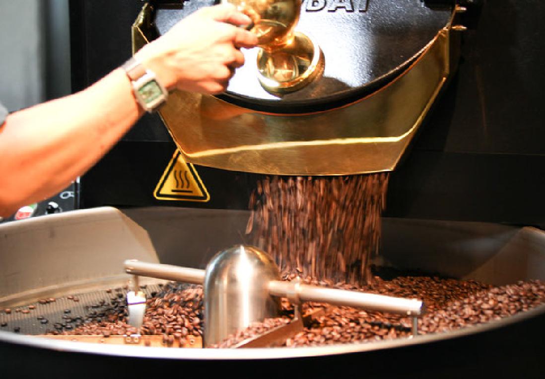 世界2位の焙煎士が在籍、沖縄県のスペシャルティコーヒーショップ 豆ポレポレからこだわりの豆をセレクト。